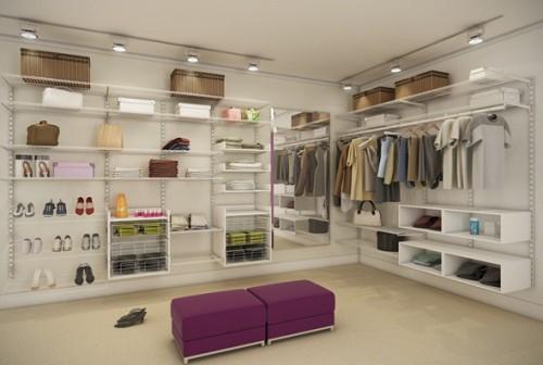 Closet com estantes abertas em L