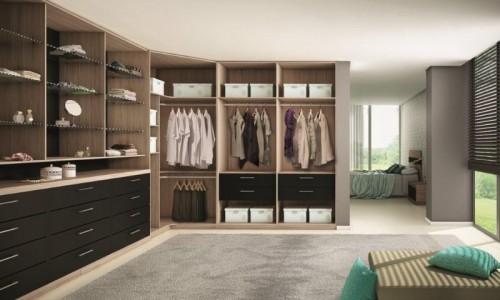 Grande closeta berto em fomato de L no quarto
