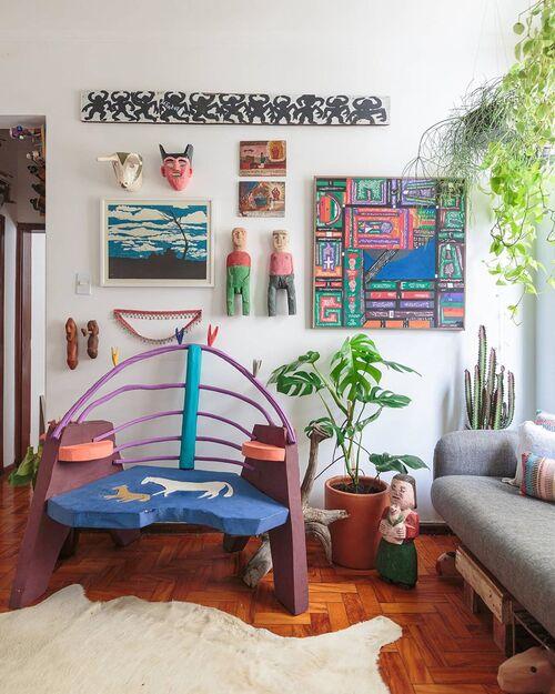 ornamentos de parede artesanais coloridos