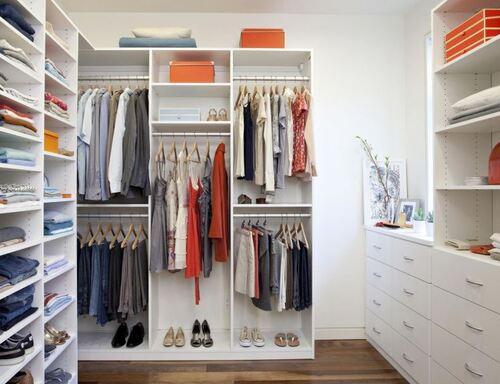 closet grande com modulos separados