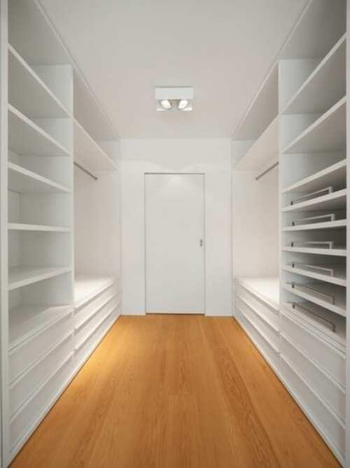 closet grande modulado e branco